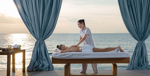 Massage at Divani