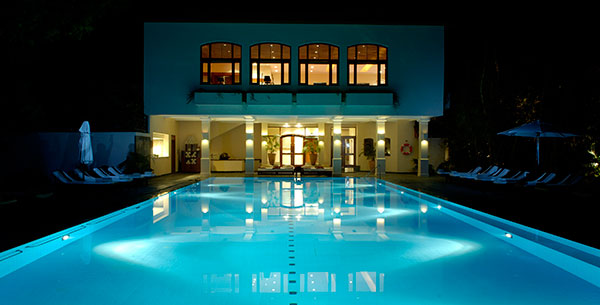 Ananda swimming pool