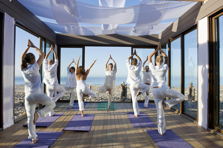 Paradis Plage Yoga Class