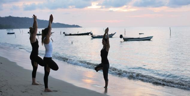 Samahita beach yoga