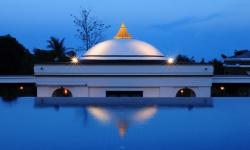Absolute Sanctuary, Thailand - pool evening light